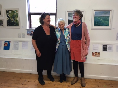 Peggy Townsend (centre) with curators, Jean Dunne and Brigid O'Connell Madden
